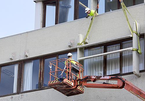 Lograr un consumo más eficiente de energía con tecnologías innovadoras, asequibles y adaptables es el objetivo de la rehabilitación del edificio.
