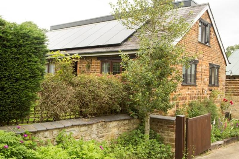 La adquisición de la batería de Solarcentury de momento sólo está disponible online para los clientes de Ikea en Reino Unido.