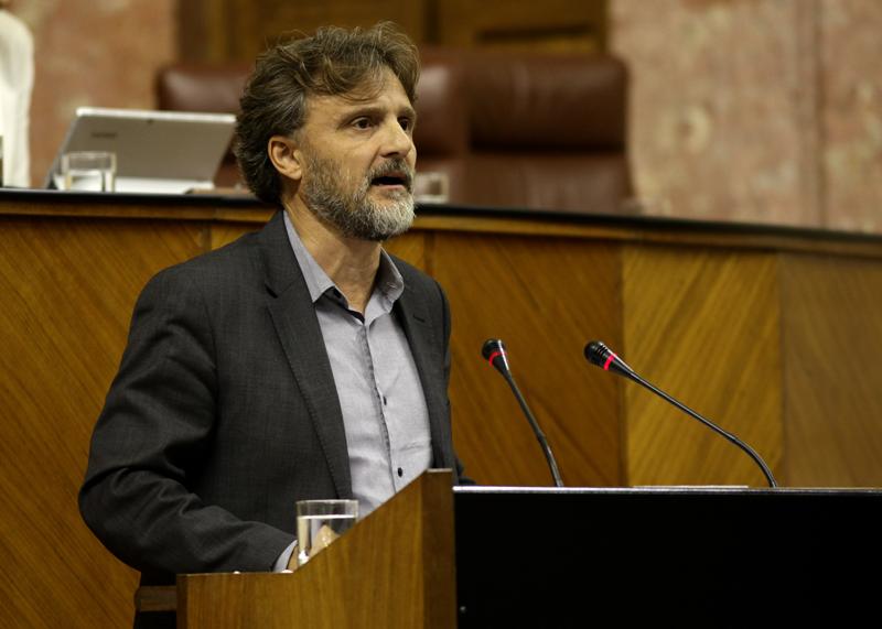 José Fiscal destaca el carácter pionero de las iniciativas desarrolladas en Andalucía para minimizar los efectos de este fenómeno.