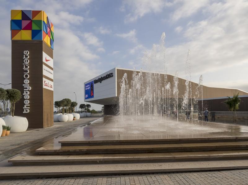 El centro gestionado por NEINVER es el único proyecto comercial de Cataluña certificado en fase diseño y post-construcción por la prestigiosa entidad internacional BREEAM.