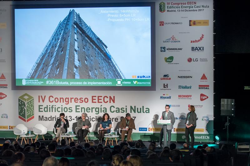 Cistina Llamas y Germán Velázquez durante su presentación en el IV Congreso Energía Casi Nula 2017.