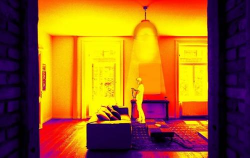 Figura 2. Pseudo imagen digital térmica en un recinto interior.
