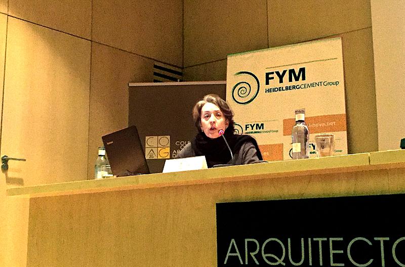 El ciclo de conferencias está patrocinado por HeidelbergCement Hispania, que ha presentado su innovadora gama de productos en pavimentos y construcción sostenible.
