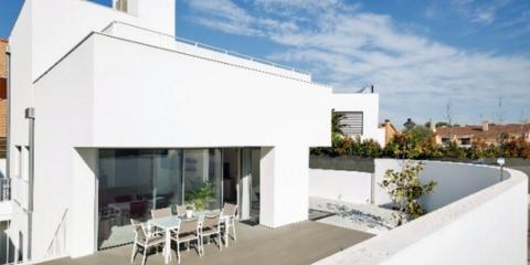 Comprobando cómo funciona una fachada: estudio del comportamiento de la fachada en una vivienda de energía casi nula