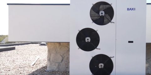 Instalación de bomba de calor, solar térmico y suelo radiante Baxi en vivienda unifamiliar