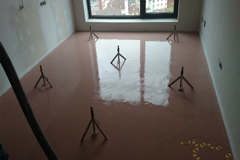 Figura 7. Solera sobre suelo radiante.
