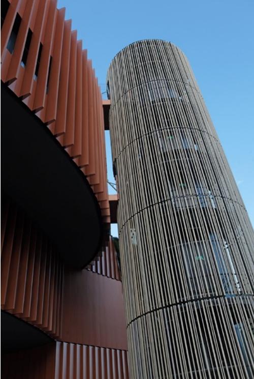 Figura 2. Núcleo comunicación exterior, restaurante terraza.