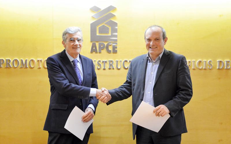 Firma convenio APCE y Quonext