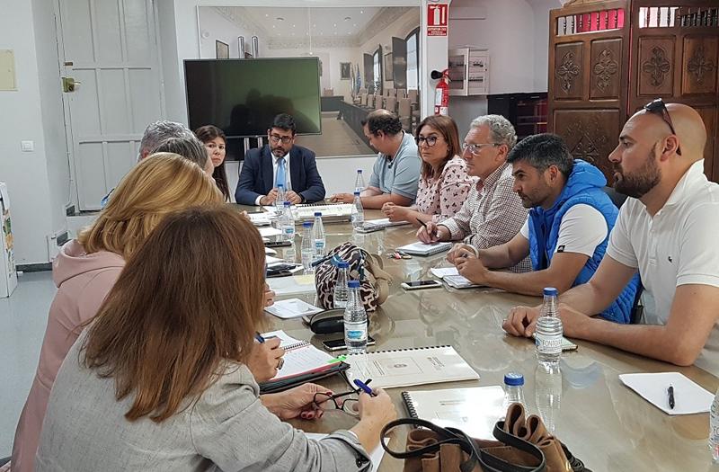 Reunión responsables municipales y directores de colegios