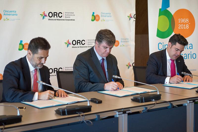 Firma del acuerdo para la creación del Observatorio UAM-Vía Célere