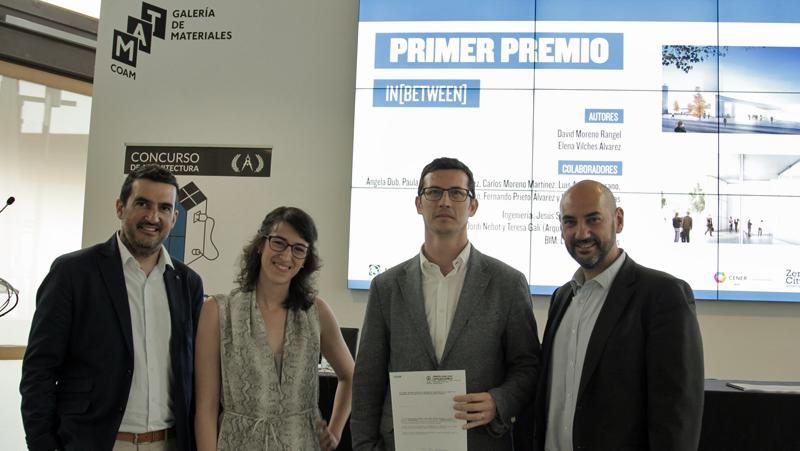 Entrega del Premio a los ganadores del concurso Edificio Zero de KÖMMERLING