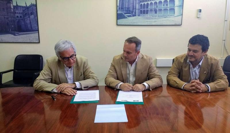 Intromac y coade firman un convenio para la promoci n de - Cano materiales de construccion ...