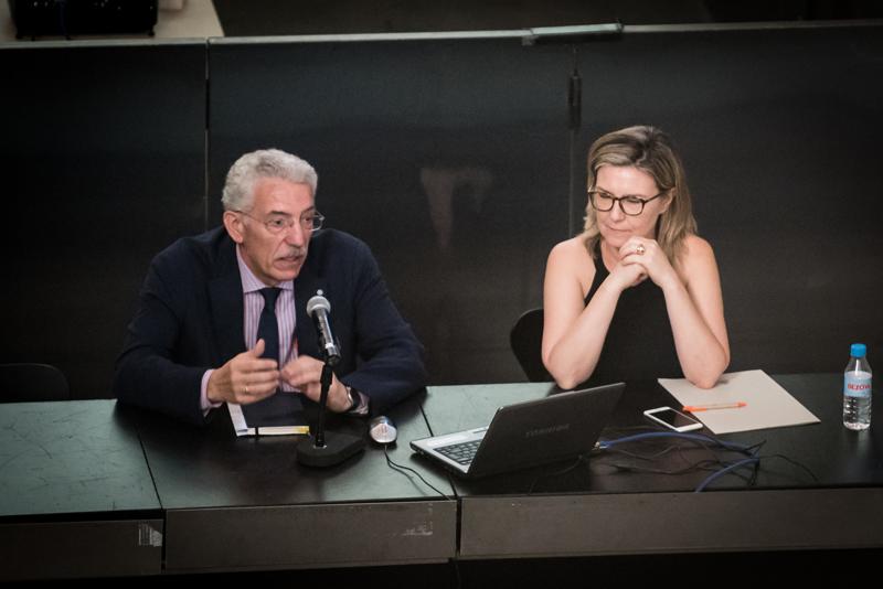 Luis Vega e Inés Leal en la Jornada de presentación del V Congreso de Edificios de Energía Casi Nula