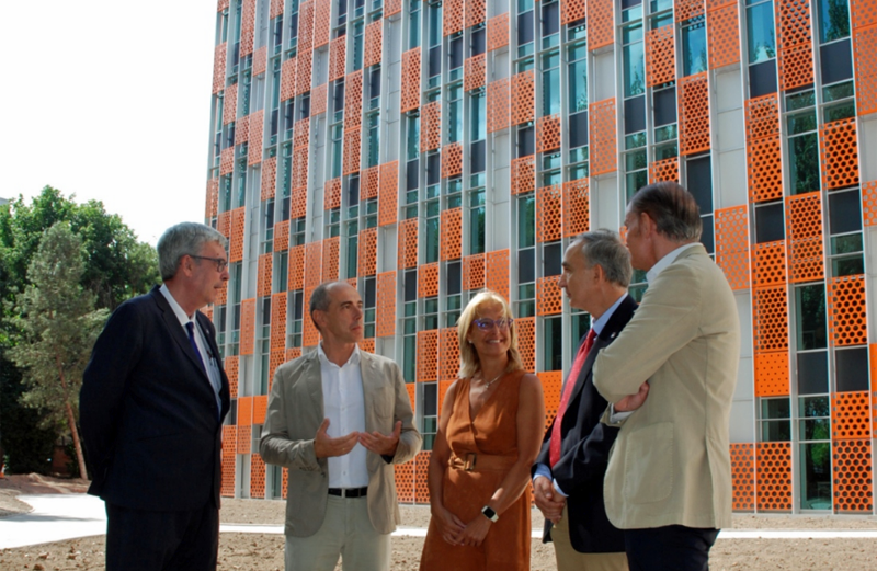 Visita de autoridades al nuevo aulario de la Escuela de Ingenierías Industriales de la UVa