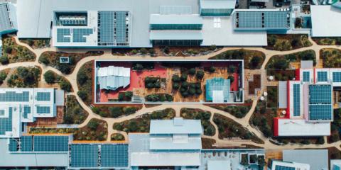 Facebook amplía su sede con el edificio sostenible MPK 21 en el campus de Menlo Park
