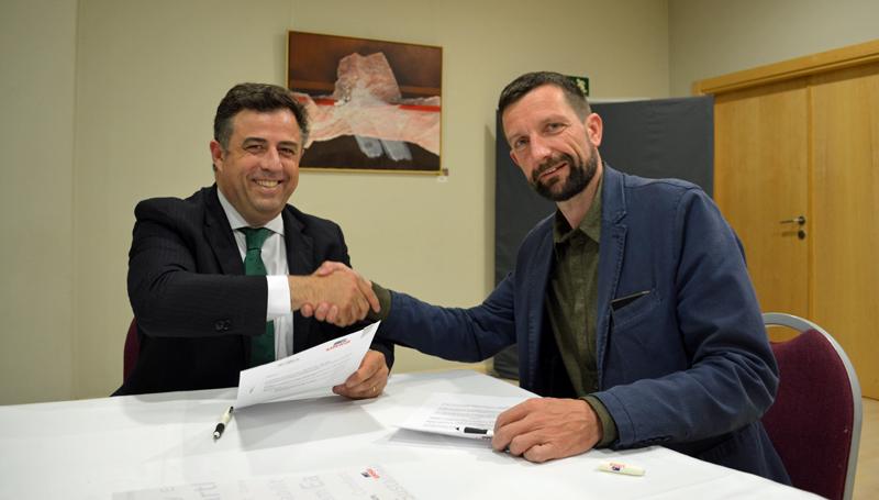 Firma de convenio entre URSA y GBCe
