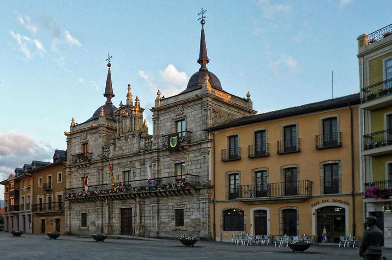 Fachada del Ayuntamiento de Ponferrada