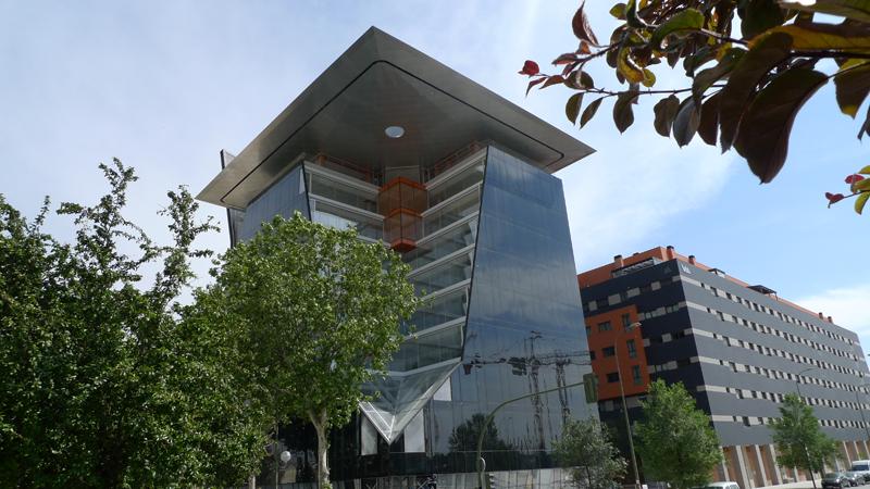 Los ascensores Otis se han instalado en la sede de Arnáiz en Madrid.