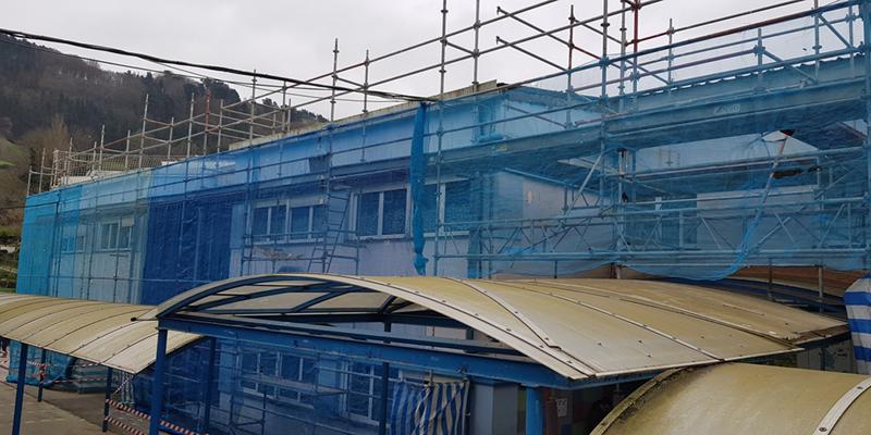 El Ayuntamiento de Tolosa renovará el tejado del colegio Samaniego garantizando su aislamiento térmico