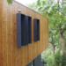 La madera termotratada y sin aditivos químicos se usa en proyectos de construcción de viviendas sostenibles