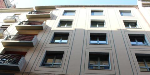 ¿Paso a paso o un gran salto? Edificio plurifamiliar con certificación Passivhaus-EnerPHit en Girona