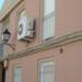 Málaga mejora los aislamientos térmicos actuando en carpinterías y cubiertas de seis edificios del barrio del Perchel