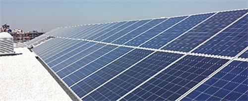 Figura 7. Planta solar fotovoltaica instalada en el último proyecto de TORRE RIOJA, edificio AA79, de 88 kW. En OM∞ será extrapolada y ampliada.