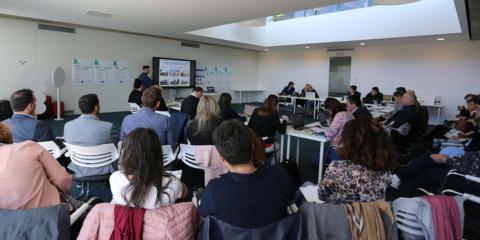 El Plan de Acción de Extremadura presenta sus objetivos para unas viviendas sociales más sostenibles