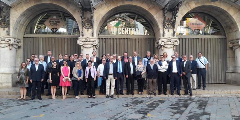 Foto de familia de la XXVI Asamblea General de la Organización Europea de Hormigón Prefabricado.