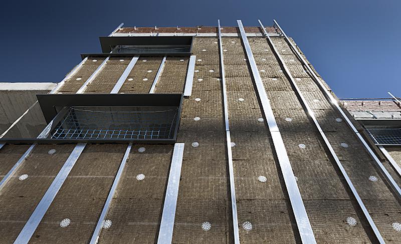 fachada de lana mineral