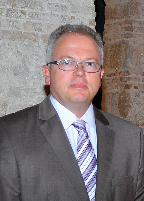 Jorge Viebig, Gerente de Schlüter-Systems