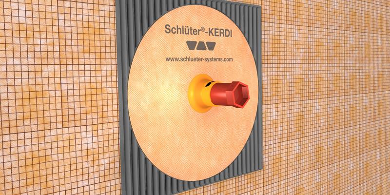 El set Schlüter-KERDI-PAS se compone de un manguito prefabricado y una funda de plástico especial, que se instala a la salida de agua.