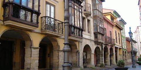 El Ayuntamiento de Avilés subvenciona actuaciones en la envolvente térmica de viviendas y obras de conservación