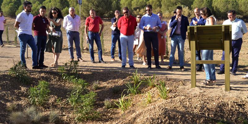 Visita inaugural al parque adaptado al cambio climático ubicado en Valverde de Leganés.