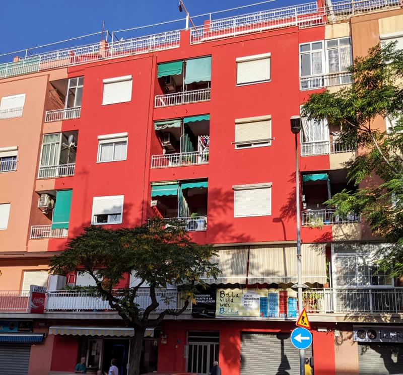 Desde el 2014, este plan de subvenciones Pla de Barris ha beneficiado a 38 edificios, con una inversión que asciende a 1.319.772,28 euros.