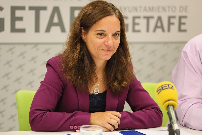 La alcaldesa de Getafe, Sara Hernández, anunciaba la inversión en proyectos sostenibles con la adjudicación de los fondos FEDER.