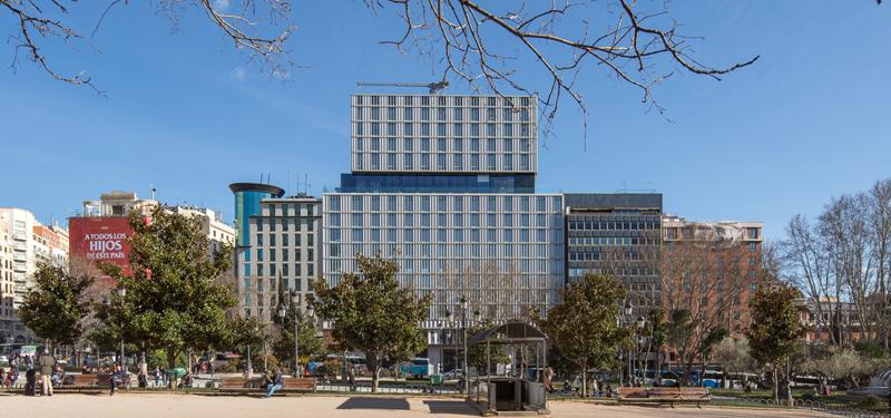 Hotel VP Plaza España Design, ubicado en la Plaza España de Madrid.