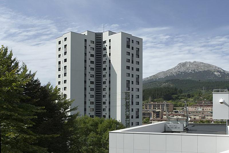 Torre Eguzki ubicada en Arrasate/Mondragón (Guipúzcoa)