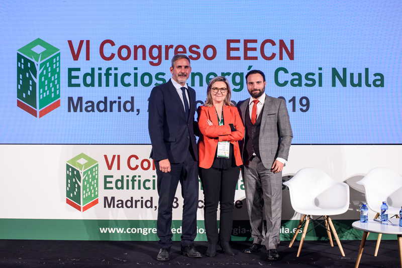 José María García Gómez, de la Comunidad de Madrid; Ángel Niño Quesada, del Ayuntamiento de Madrid; e Inés Leal, directora Congreso Edificios Energía Casi Nula.