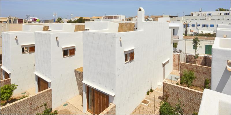Las 14 viviendas de protección oficial del proyecto Life Reusing Posidonia.