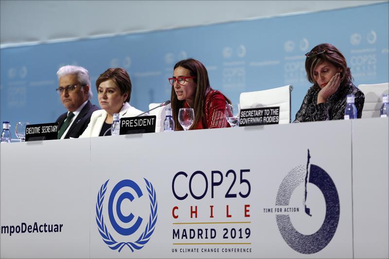 Carolina Schmidt durante la clausura de la COP25.