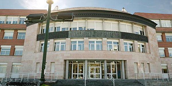 Facultad de Ciencias de la Salud de la Universidad Pública de Navarra, ubicada en Pamplona.