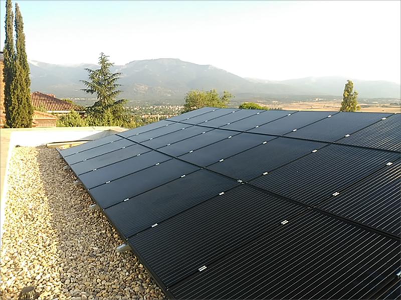 Figura 4. Instalación fotovoltaica en cubierta.