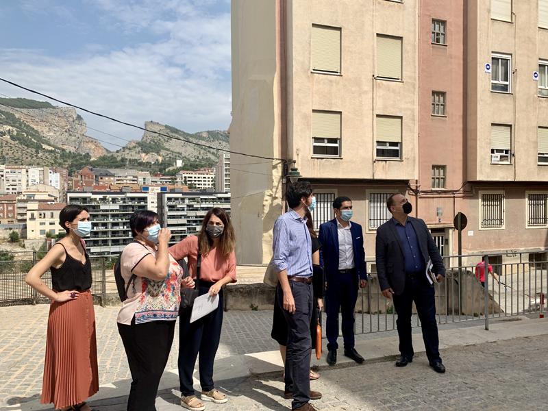 Visita de Martínez Dalmau a Alcoy, junto al alcalde