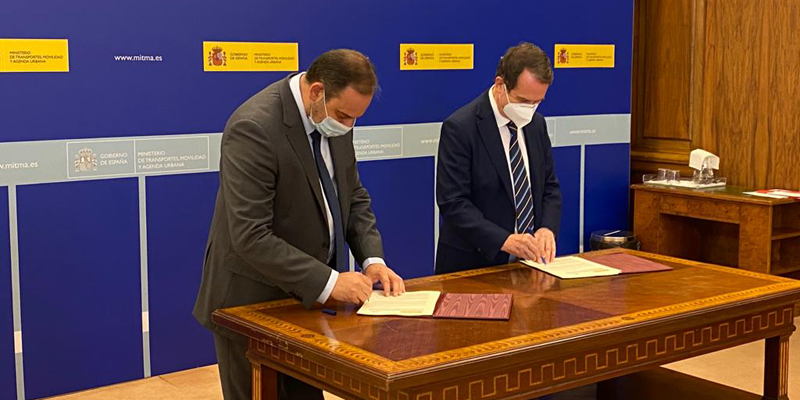 José Luis Ábalos y Abel Caballero firman un convenio de colaboración que pondrá en marcha el Foro Local para la Agenda Urbana.