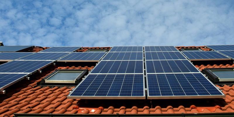 paneles solares en cubierta