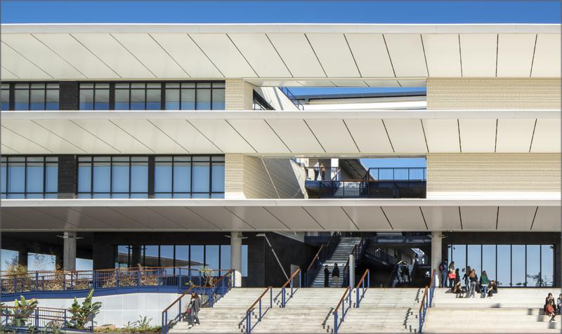 El campus cuenta con una elevada calidad del aire interior