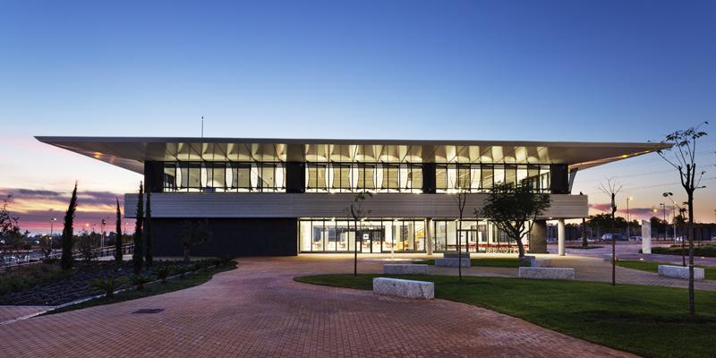 El centro ha conseguido el LEED Platino gracias a su fuerte apuesta por la sostenibilidad íntegra en todo el complejo.