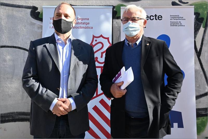 El vicepresidente segundo y conseller de Vivienda, Martínez Dalmau, y el alcalde de Valencia, Joan Ribó, en la presentación del proyecto.
