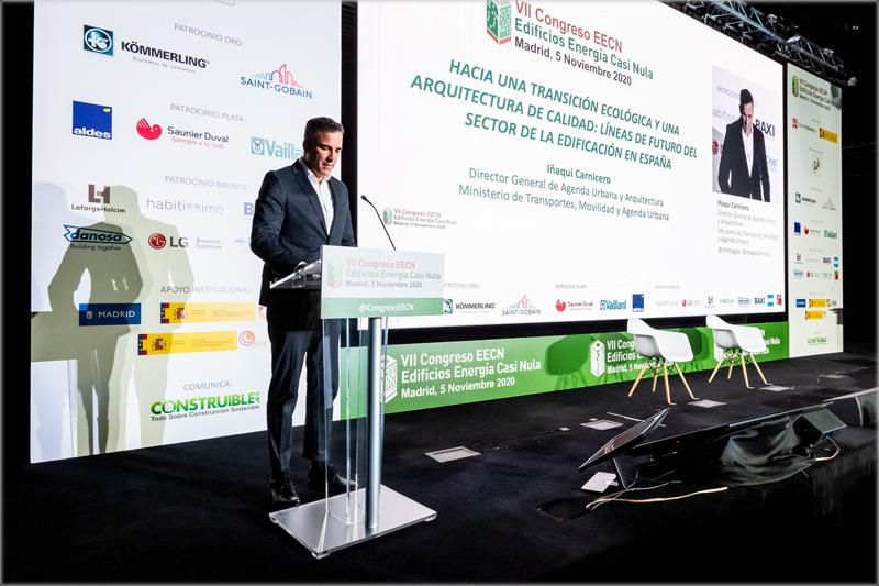 Iñaki Carnicero imparte la primera ponencia magistral